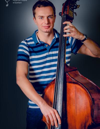 Adam Starowicz – kontrabas
