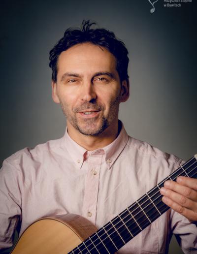 Dariusz Leczycki – gitara
