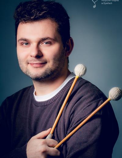 Piotr Pawlak – perkusja