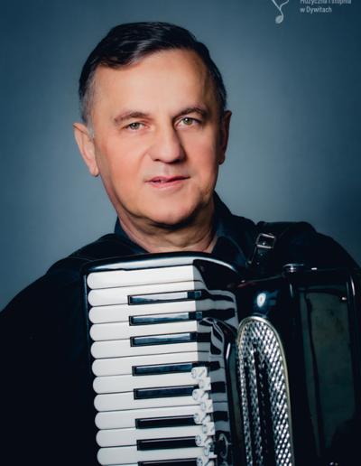 Zbigniew Ostrowski – akordeon